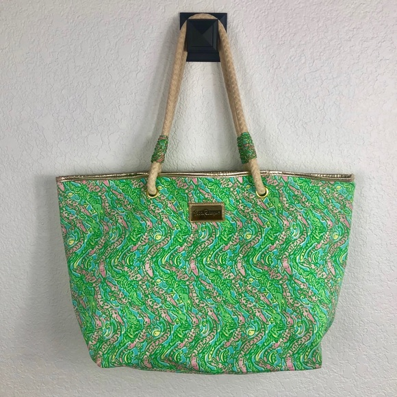 Lilly Pulitzer Handbags - Lilly Pulitzer Shoreline tote- Later alligator